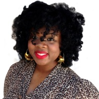 Featured Naturals // Rochelle Graham (BlackOnyx77), CEO of Alikay Naturals