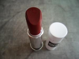 EM Matte Lipstick in Just Fab