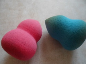 (Pink) eBay Makeup Sponge - (Blue) Sonia Kashuk Makeup Sponge